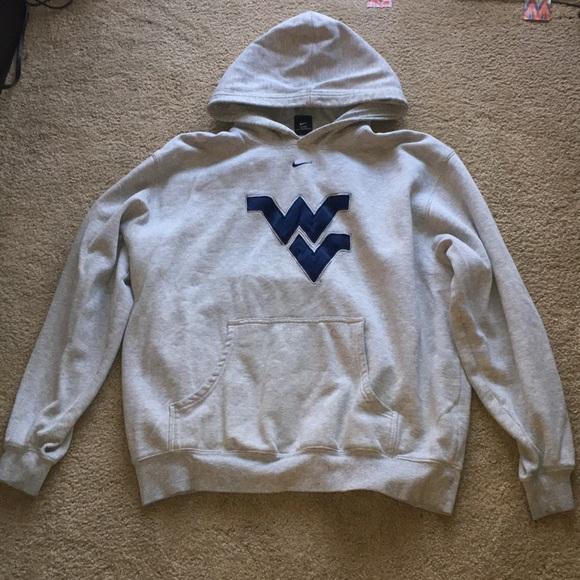 938246c17673 Men s XL WVU Nike hoodie. M 5b469a1c4ab6332ad8217e9b